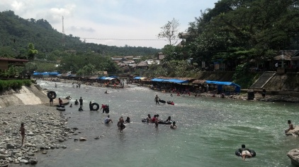 The friendly riverside town of Bukit Lawang.
